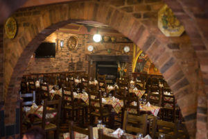 Are you searching for 'restaurant deals near me?'