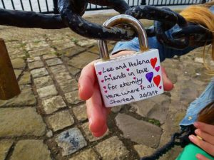 Liverpool_Love_Locks_(15447887571)