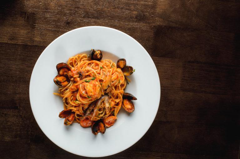 Italian restaurant Liverpool images showing pasta sea food